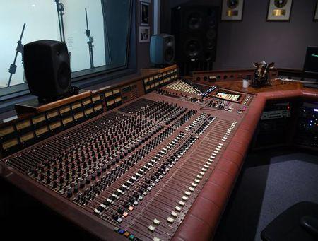 gus dudgeon studio