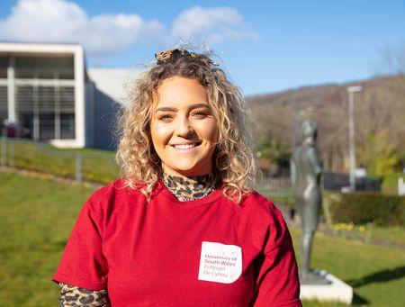 Sophie Haggerty - English and Creative Writing Student Ambassador.jpg