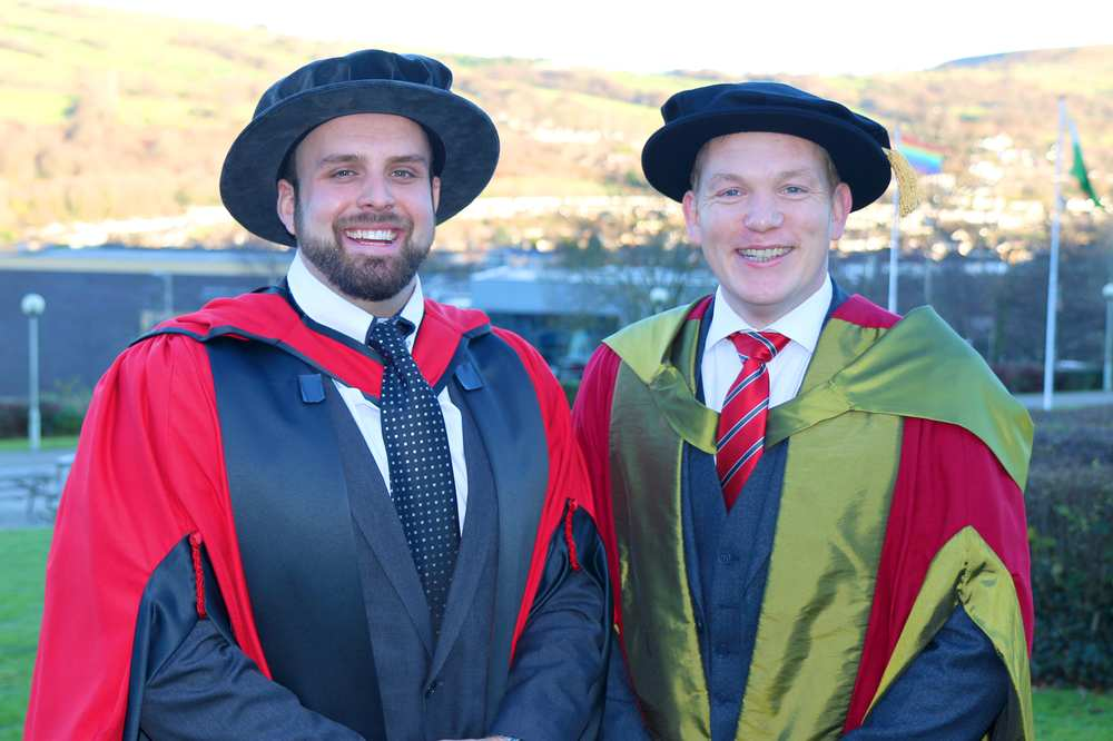 Paralympian Aled Siôn Davies receives honorary fellowship from University of South Wales. Neil Gibson, December 2017
