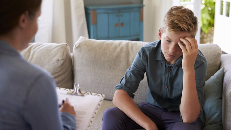 Counselling Children ThinkstockPhotos-614860042.jpg