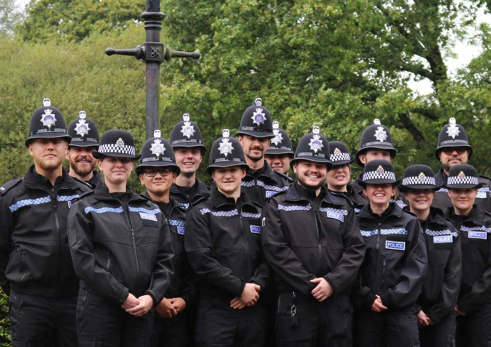 Dorset Police Officers start apprenticeships