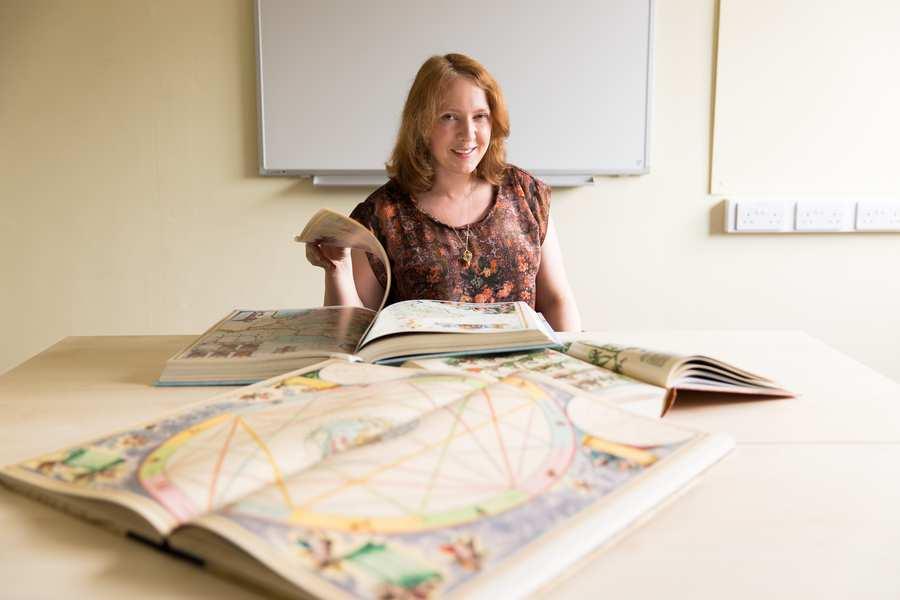 Dr Jane Finucane - History Lecturer