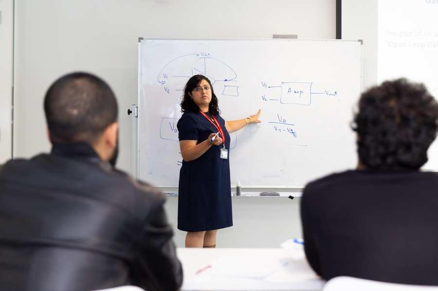Dubai classroom lecture