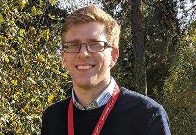 Dr Jonathan Duckett