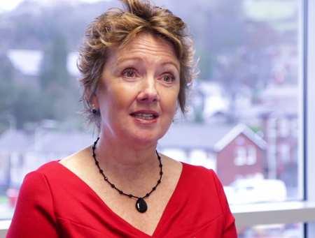 Janine Wyn Davies