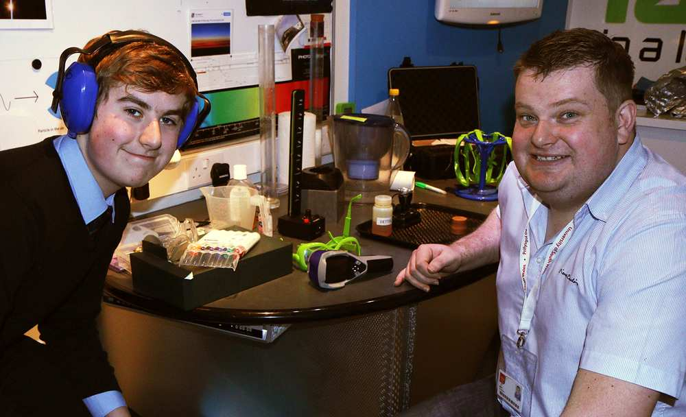 Archie Tulloch, 15, and Ian Simmonds from USW, during the Lab in the Lorry visit to West Mon School. Neil Gibson