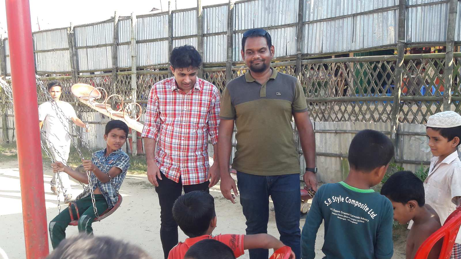Dr Palash Kamruzzaman in rohingya camps.jpg