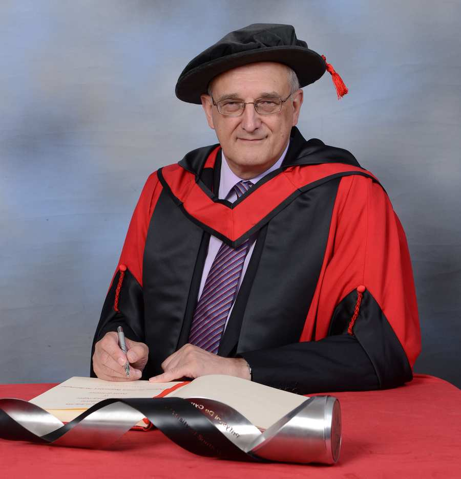 Professor Sir Leszek Borysiewicz