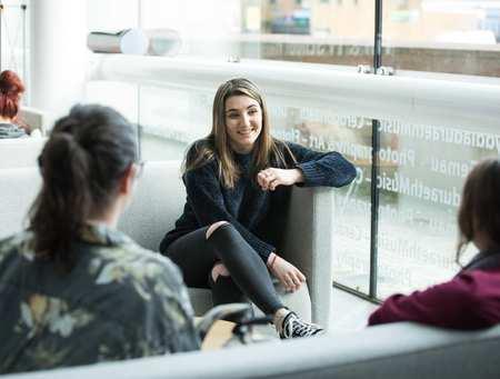 Rachel Jones - Journalism Student_37923.jpg