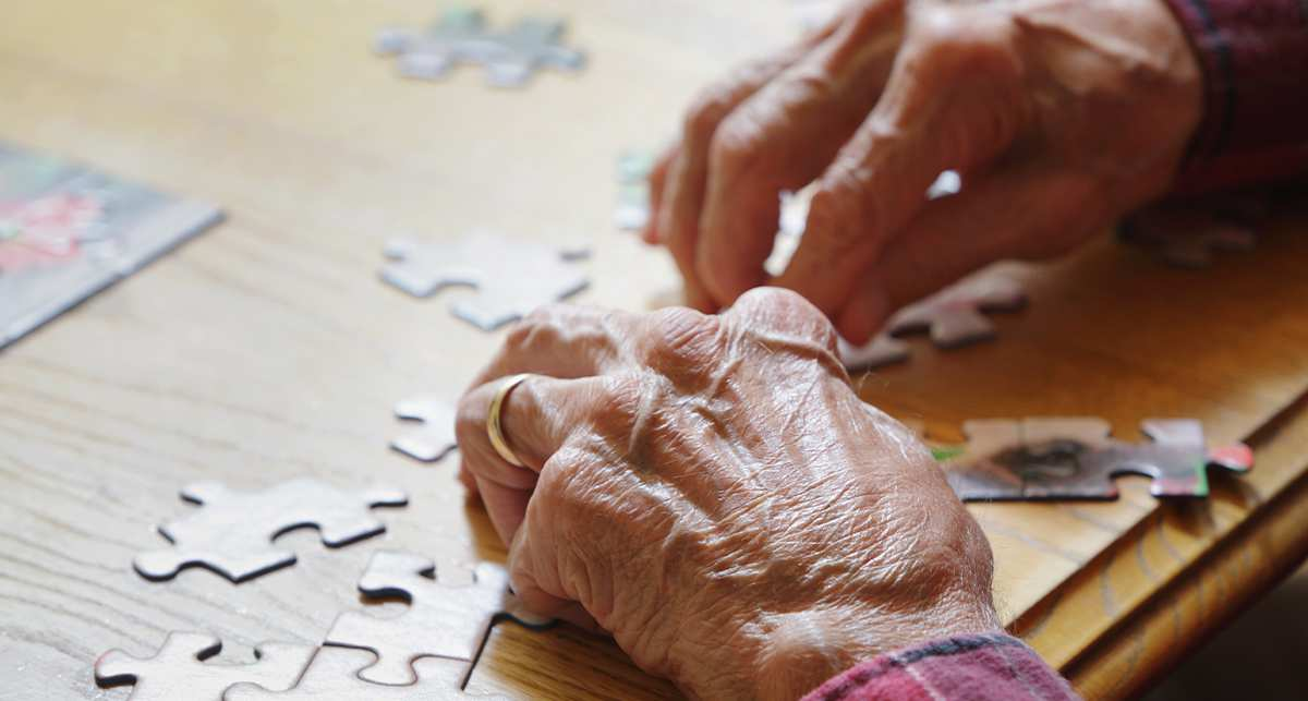 Supporting the person with Dementia in a care setting.png