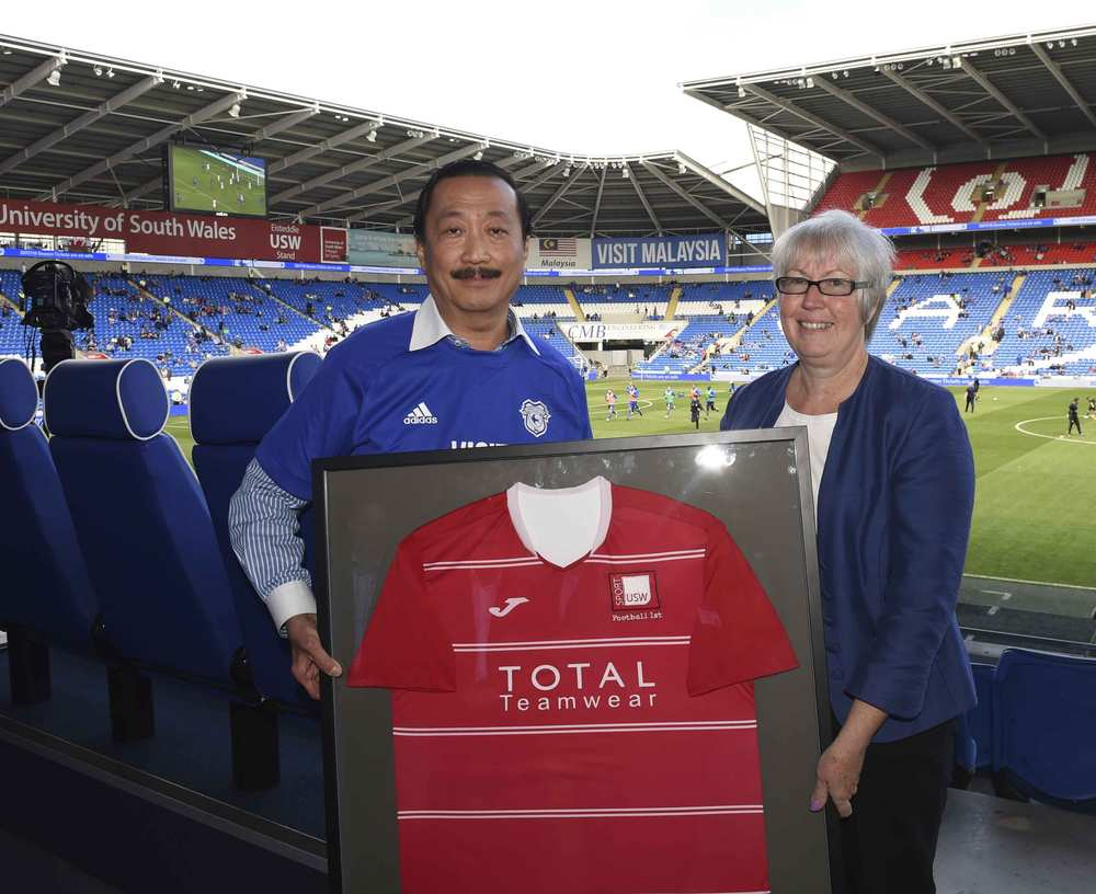 Vincent Tan and Professor Helen Langton, USW Deputy Vice-Chancellor, at the launch of the USW/CCFC partnership to train coaches from China. Neil Gibson, August 2017