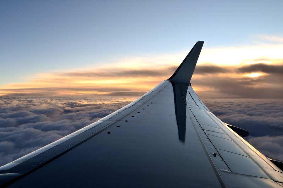 Aeroplane wing (credit Thinkstock).jpg