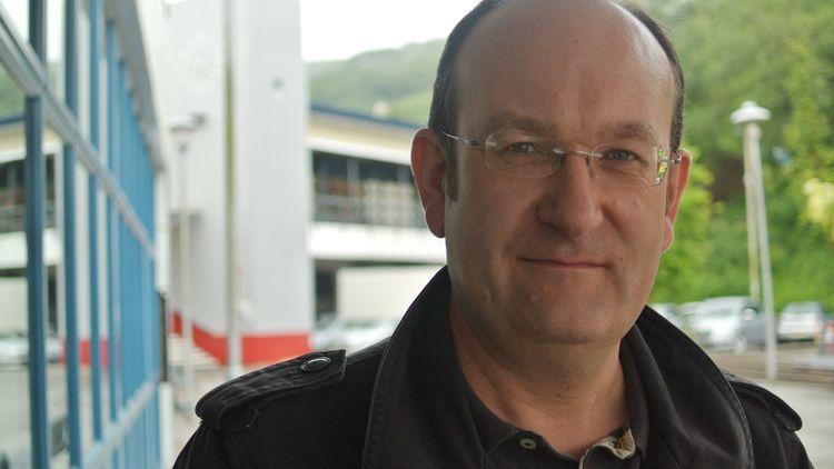 Simon Thomas DBA