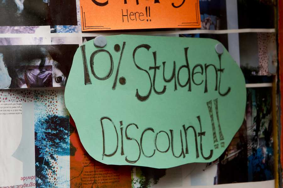 Student discount sign